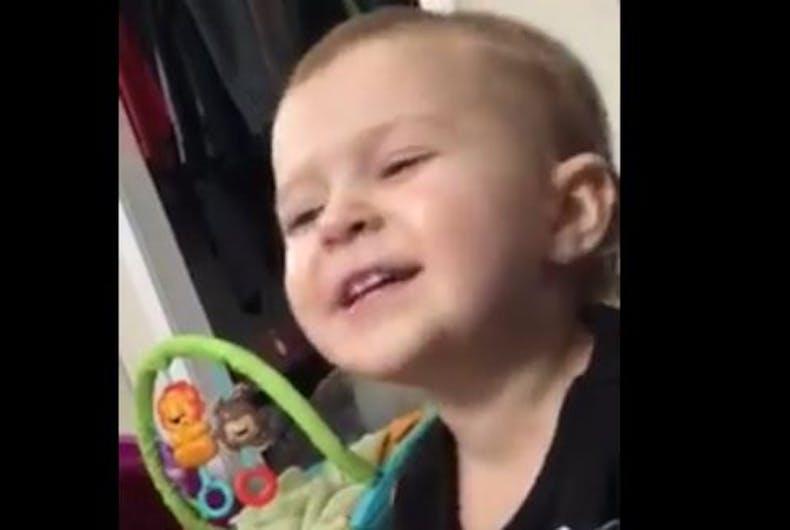 baby singing Jolene