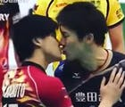 All-Star volleyball players settle their squabble with a kiss