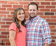 Admitted child molester Josh Duggar announces wife is pregnant with fifth child