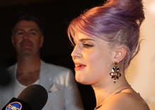 Kelly Osbourne: 'everybody's gay' & she's 'open to loving anybody'
