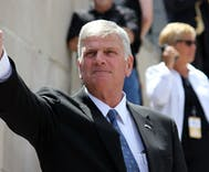 Is Franklin Graham positioning himself to run for President?