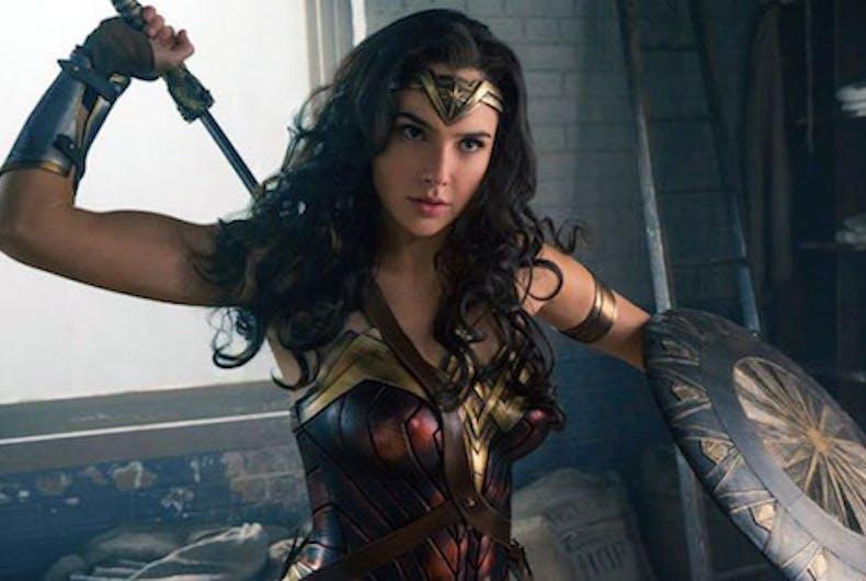 Dudebros enraged by female-only Wonder Woman screenings