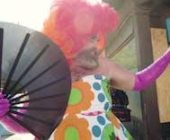 This kindergarten teacher uses drag to teach & inspire his students