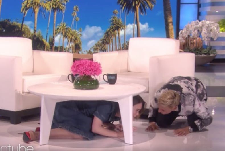 Strange Watch As Ellen Degeneres Terrifies Sarah Paulson With A Ocoug Best Dining Table And Chair Ideas Images Ocougorg