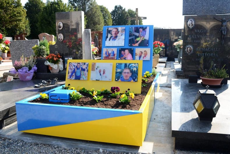 This gay man's colorful grave has conservatives outraged