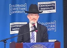 Rabbi says that gay people are like 'space aliens'