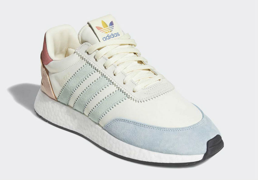 chaussures adidas lgbt