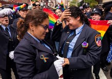 This lesbian couple got engaged at NYC Pride & the crowd loved it