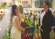 Kesha just helped a lesbian propose to her soon-to-be wife