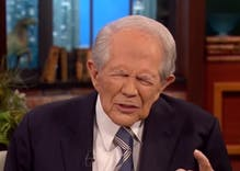 Pat Robertson prays to 'throw confusion' on Brett Kavanaugh's accusers