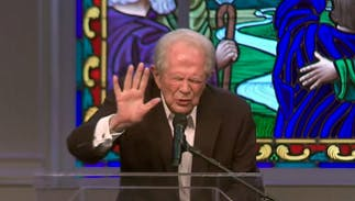 Pat Robertson raises a 'shield of protection' from Hurricane Florence in prayer