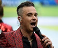 Did Robbie Williams seriously just ask this trans X Factor contestant for his birth name?