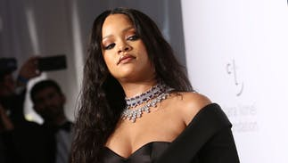 Rihanna rebuffed Super Bowl halftime gig to support Colin Kaepernick & NFL players
