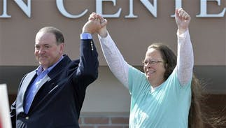 Lawbreaking anti-gay county clerk Kim Davis loses reelection
