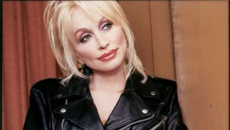 Dolly Parton lost a drag lookalike contest. No one knew it was actually her.