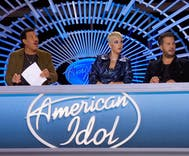 This American Idol contestant came out to his family on TV & blew the judges away