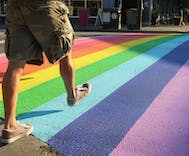 The stereotype that LGBTQ people walk faster than straights has an unexpected benefit