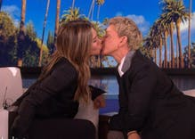 Ellen & Jennifer Aniston kissed on her show