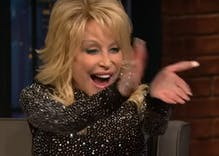 """Dolly Parton sings a special version of """"Jolene"""" for """"my gay crowd"""""""