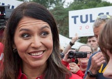 Tulsi Gabbard drops out of the primary & endorses Joe Biden