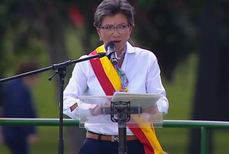 A history-making lesbian mayor in Colombia has been sworn in