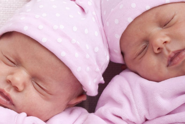 Image of the twin girls/gay fathers