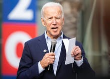 "Joe Biden accidentally refers to gay dads as ""mommy and dad"""