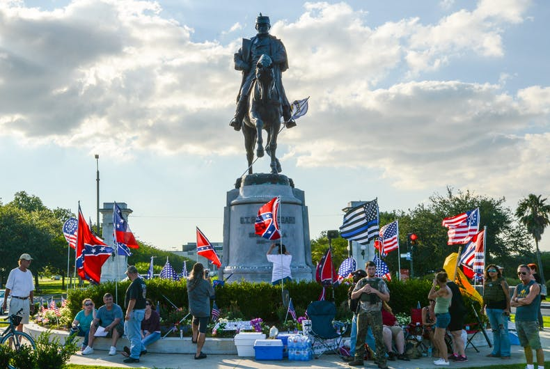 May 16, 2017: People gather in front the Beauregard statue in New Orleans, Louisiana